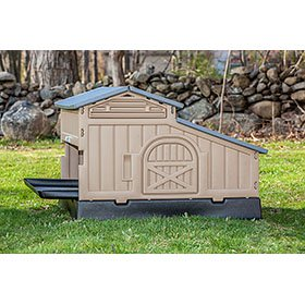 Snap Lock Chicken Coop (Up to 4 chickens)